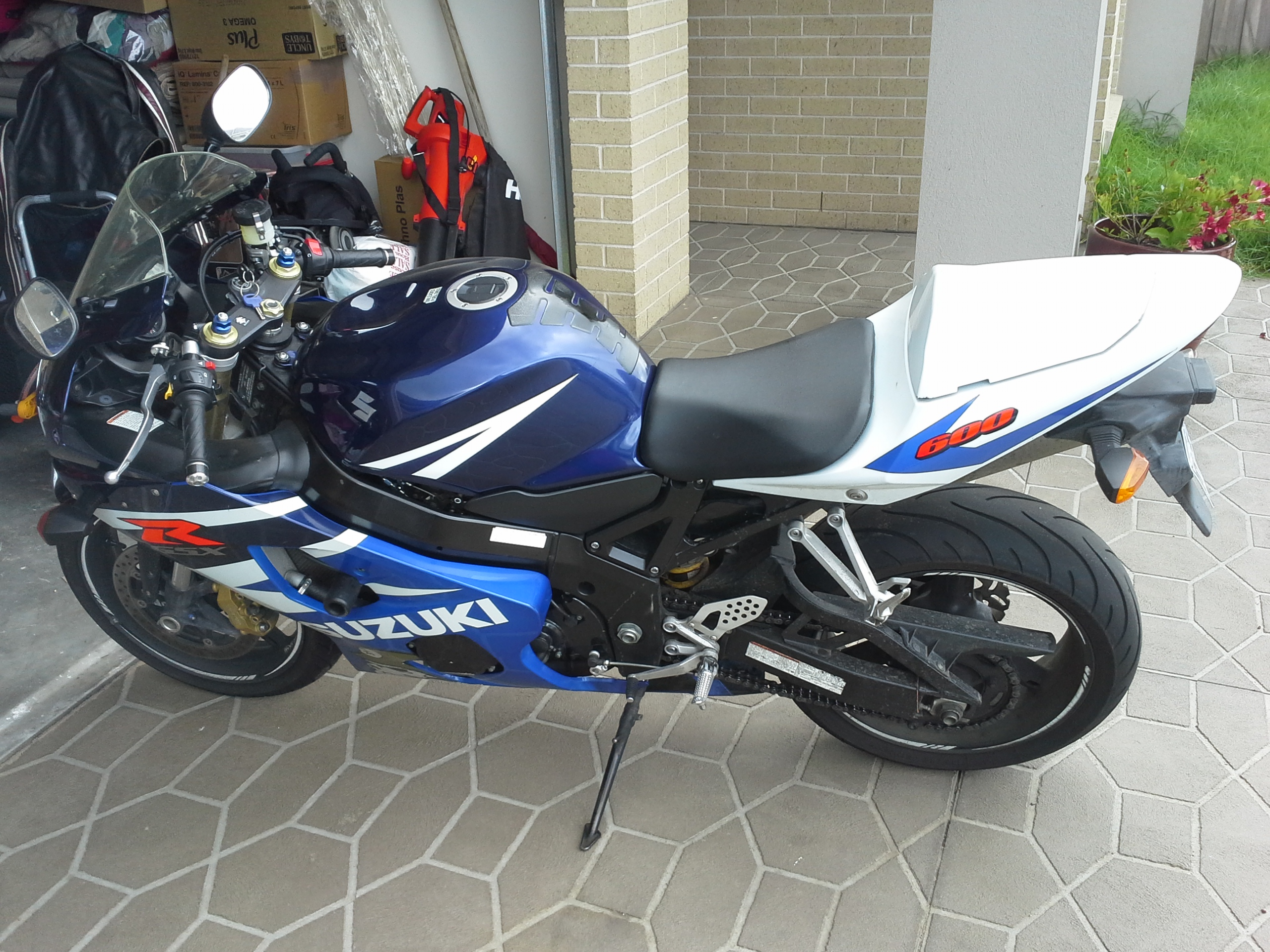 2004 suzuki gsx r600 k4 bike sales vic melbourne 2587688. Black Bedroom Furniture Sets. Home Design Ideas