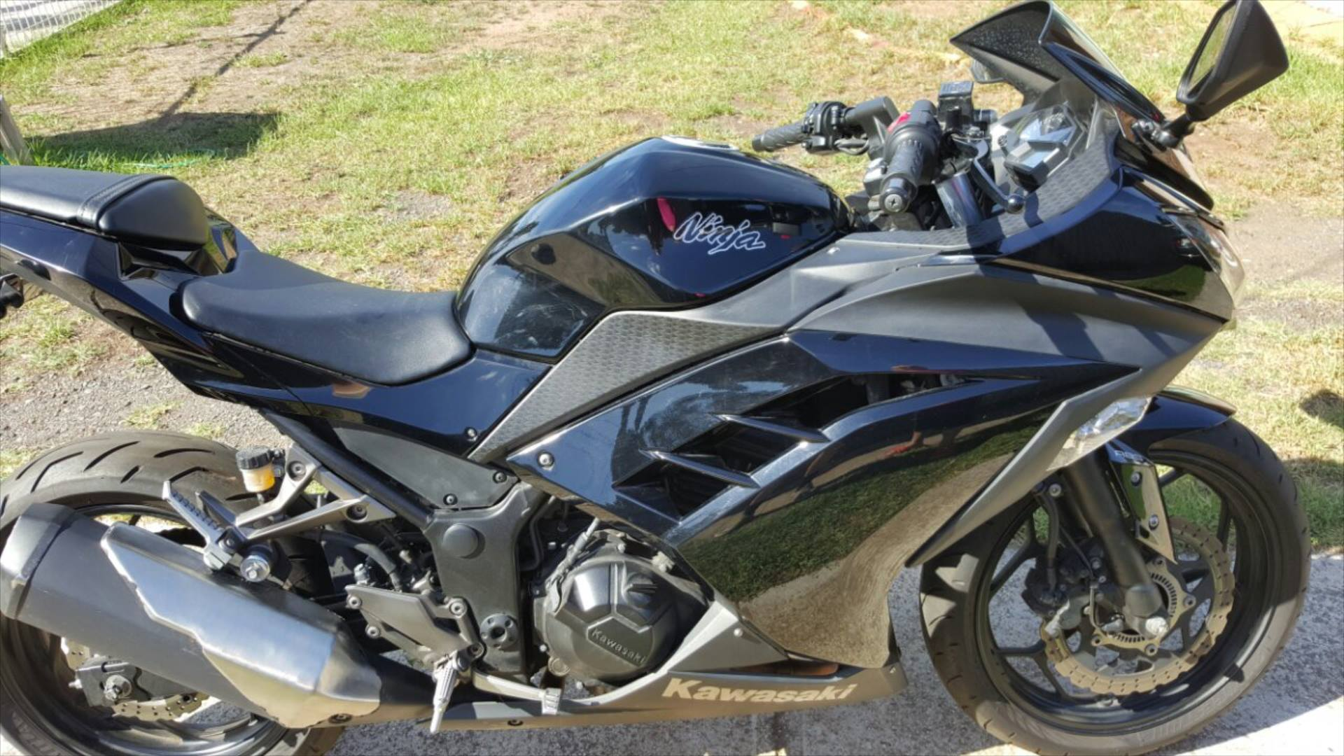 2013 kawasaki ninja 300 abs bike sales vic melbourne 2945482. Black Bedroom Furniture Sets. Home Design Ideas