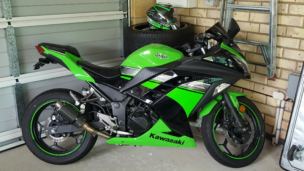 2013 kawasaki ninja 300 se bike sales qld brisbane 2997794. Black Bedroom Furniture Sets. Home Design Ideas