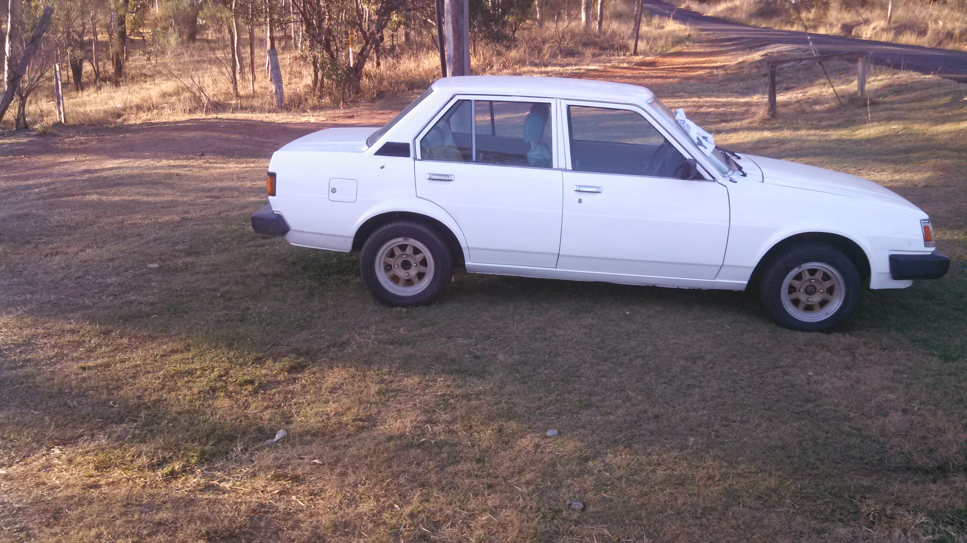 1984 toyota corolla for sale or swap qld central 2519749. Black Bedroom Furniture Sets. Home Design Ideas