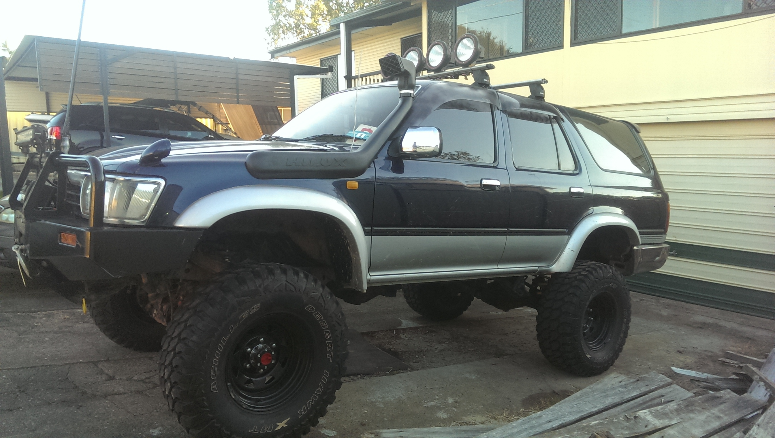 1992 Toyota Hilux Surf Car Sales Qld Brisbane East 2698934