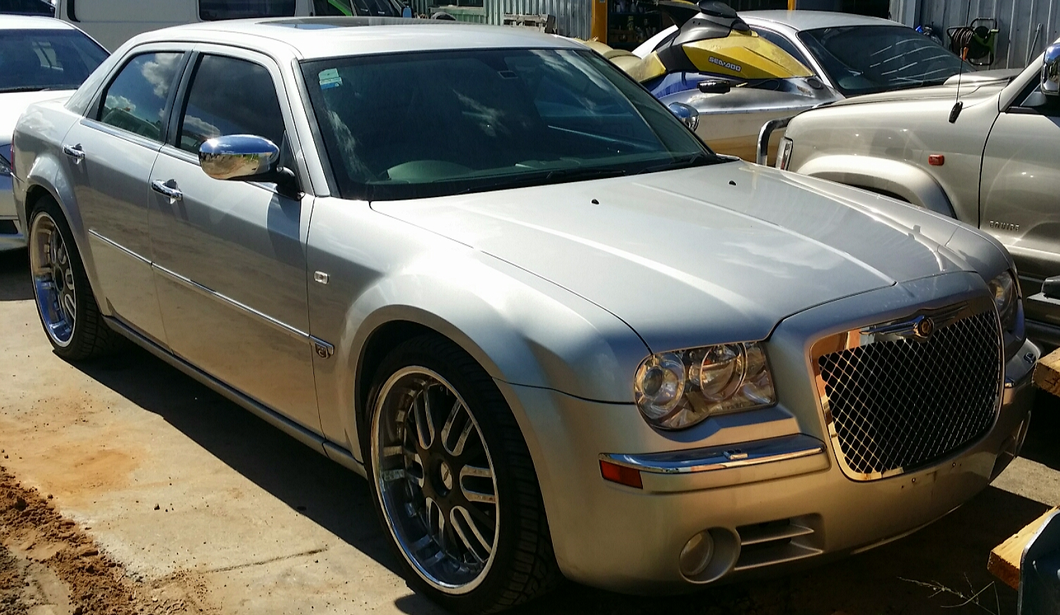 2005 chrysler 300c car sales qld gold coast 2943809. Black Bedroom Furniture Sets. Home Design Ideas