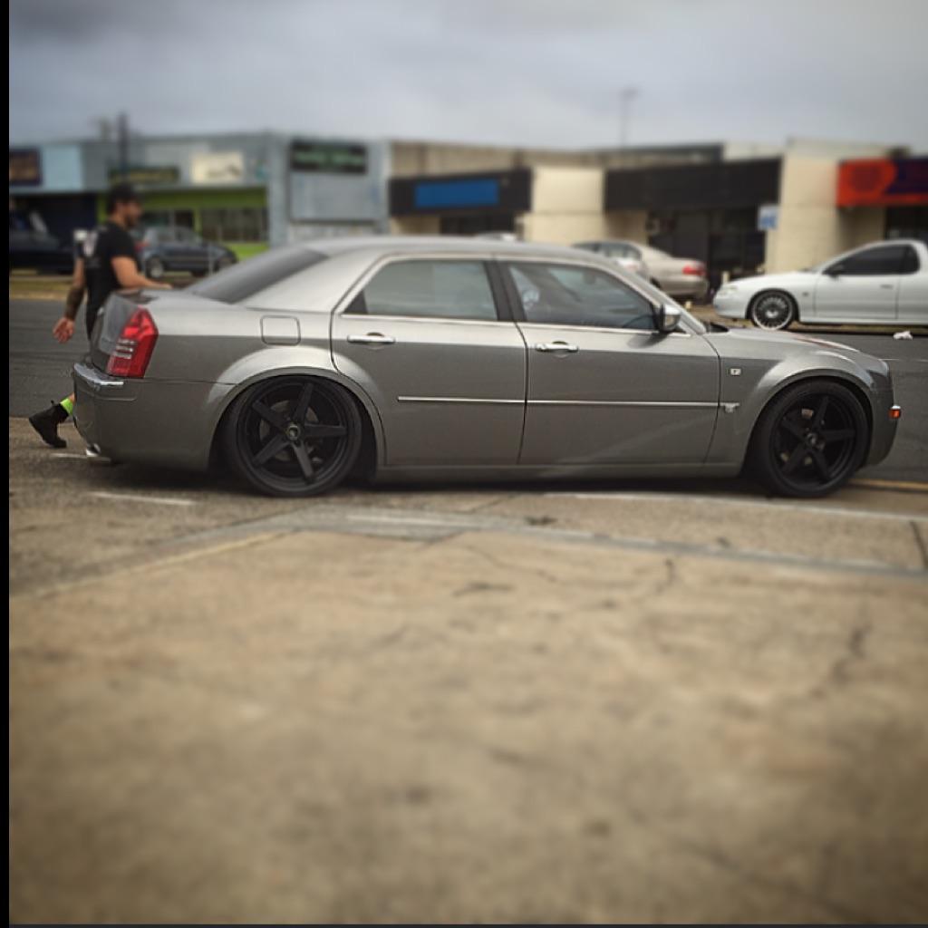 2005 Chrysler 300c 5.7 HEMI V8 LE MY06