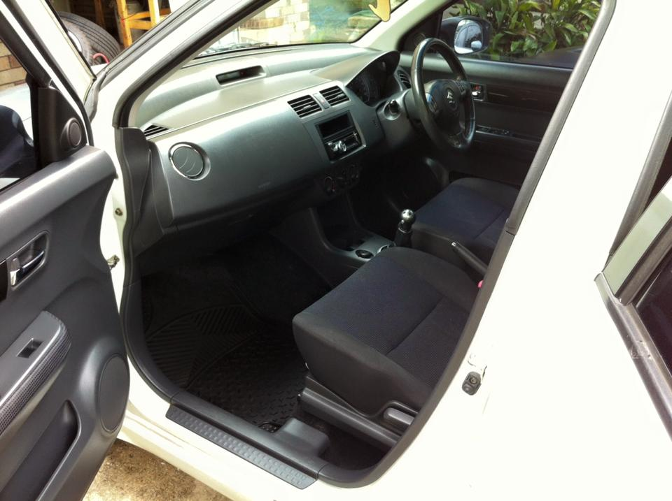 2005 suzuki swift s ez car sales qld brisbane north 2784206. Black Bedroom Furniture Sets. Home Design Ideas