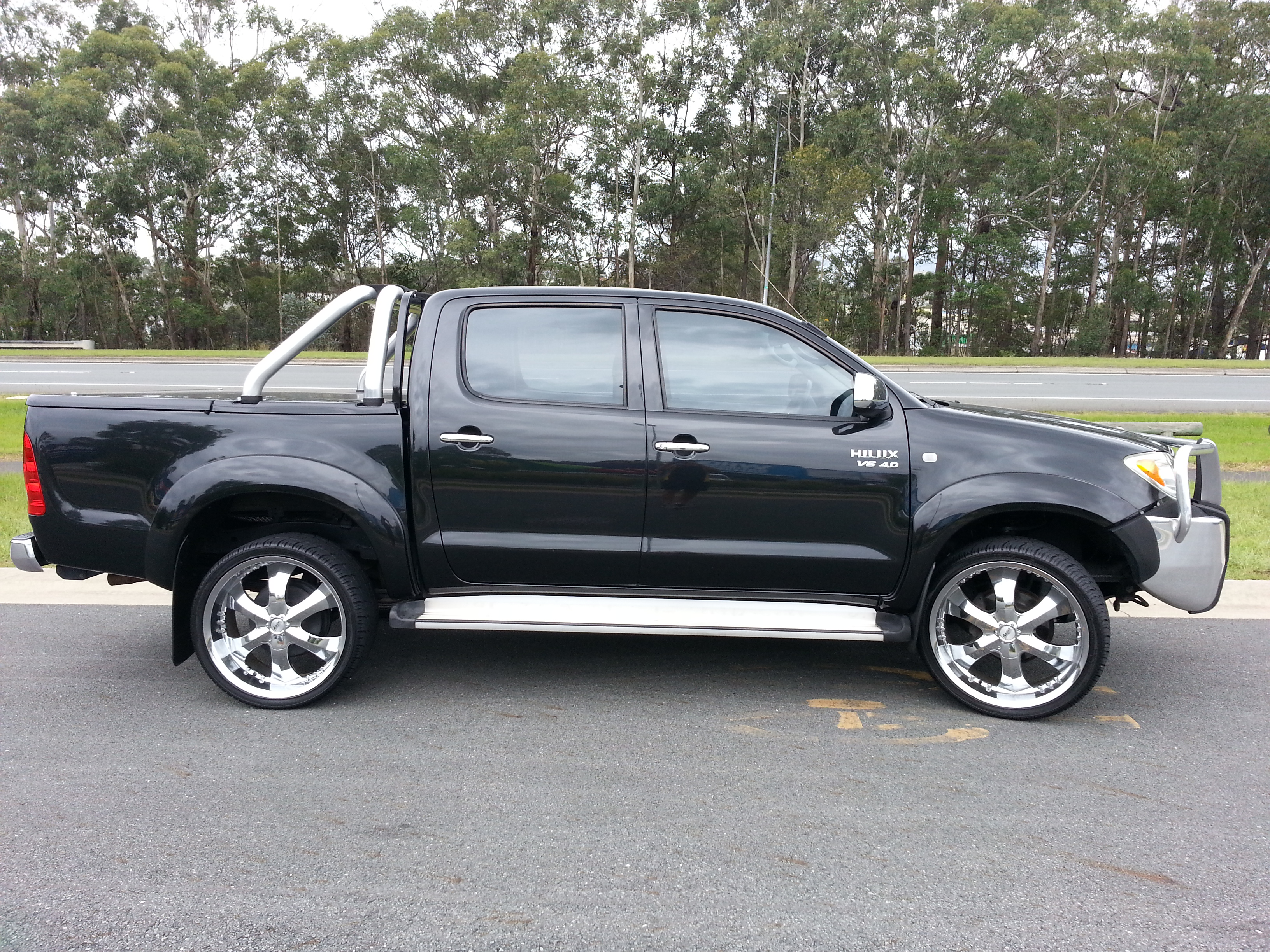 2006 toyota hilux sr5 4x4 ggn25r car sales qld gold coast 2504840. Black Bedroom Furniture Sets. Home Design Ideas