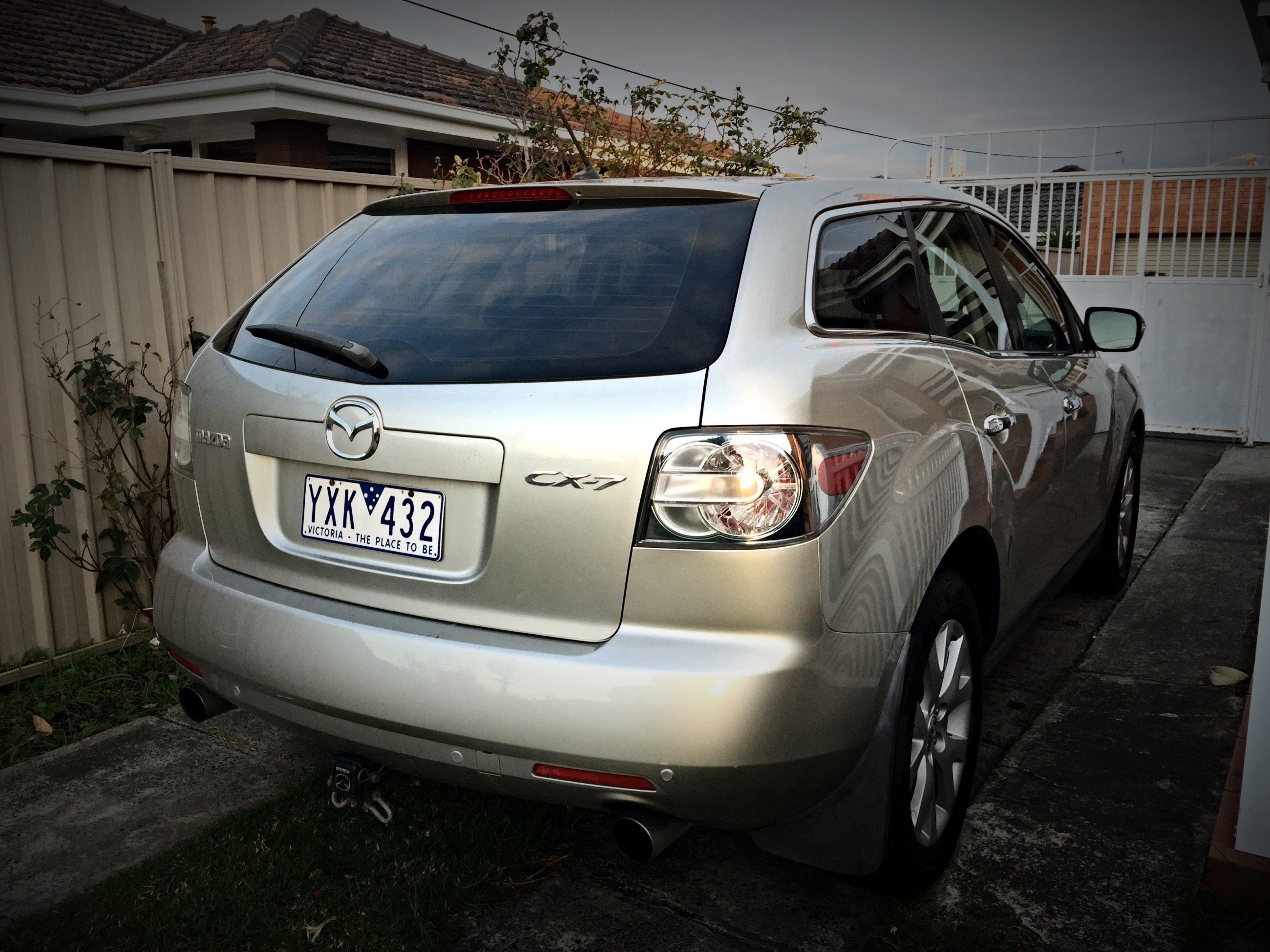 2007 mazda cx 7 luxury 4x4 er car sales vic melbourne. Black Bedroom Furniture Sets. Home Design Ideas
