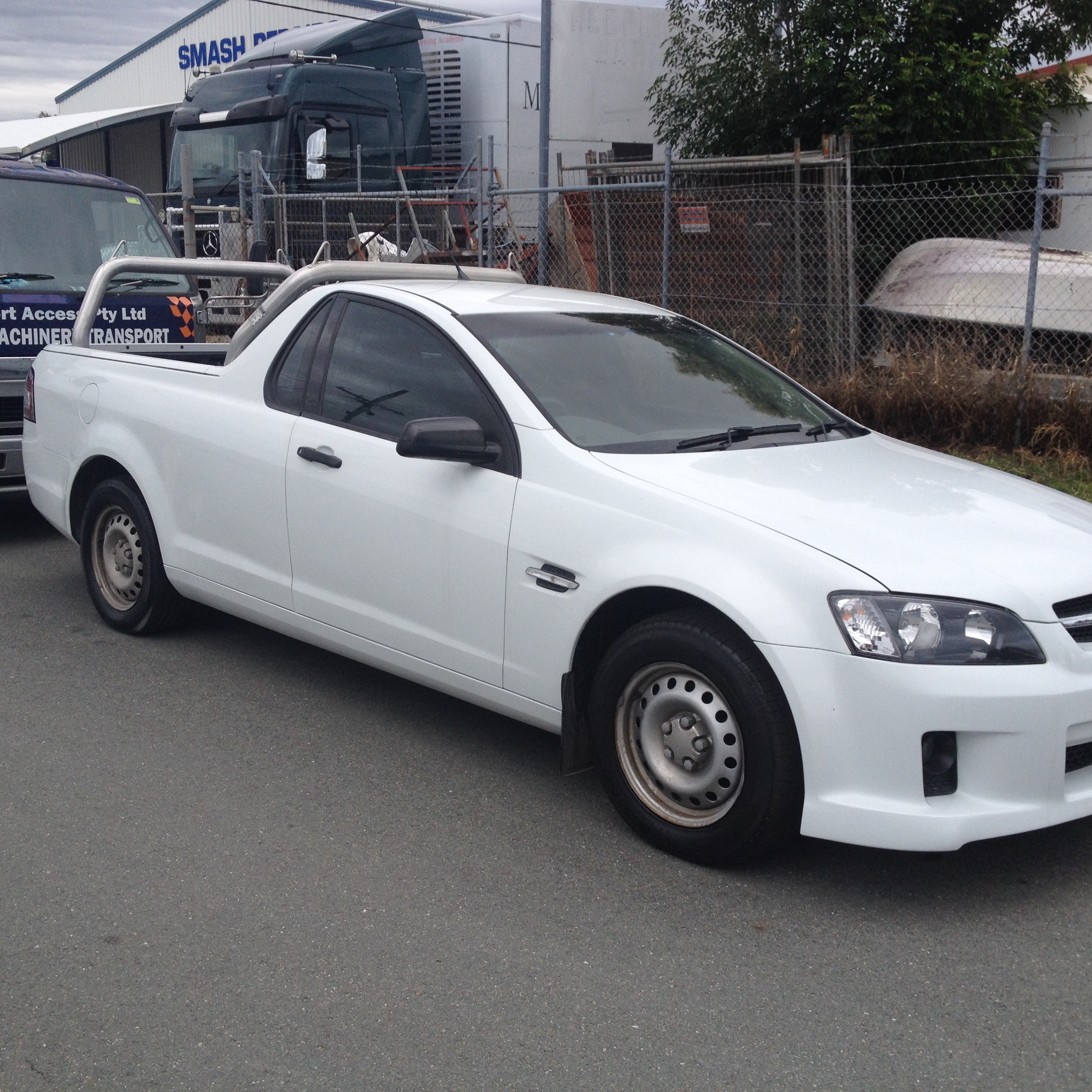 HOLDEN COMMODORE UTES FOR SALE MELBOURNE