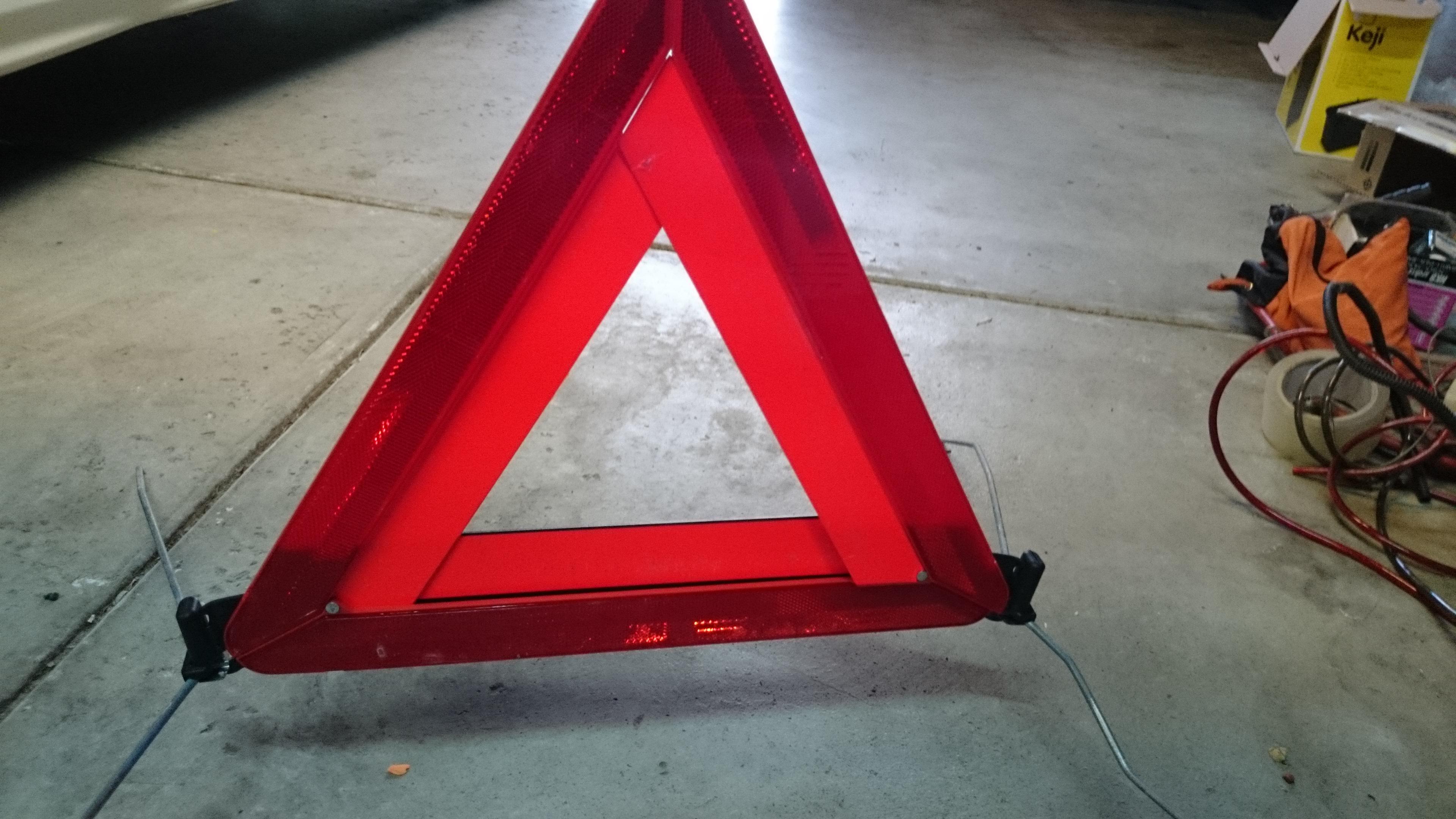 Lexus Is200 Is300 Is250 Is350 Oem Warning Triangle Car
