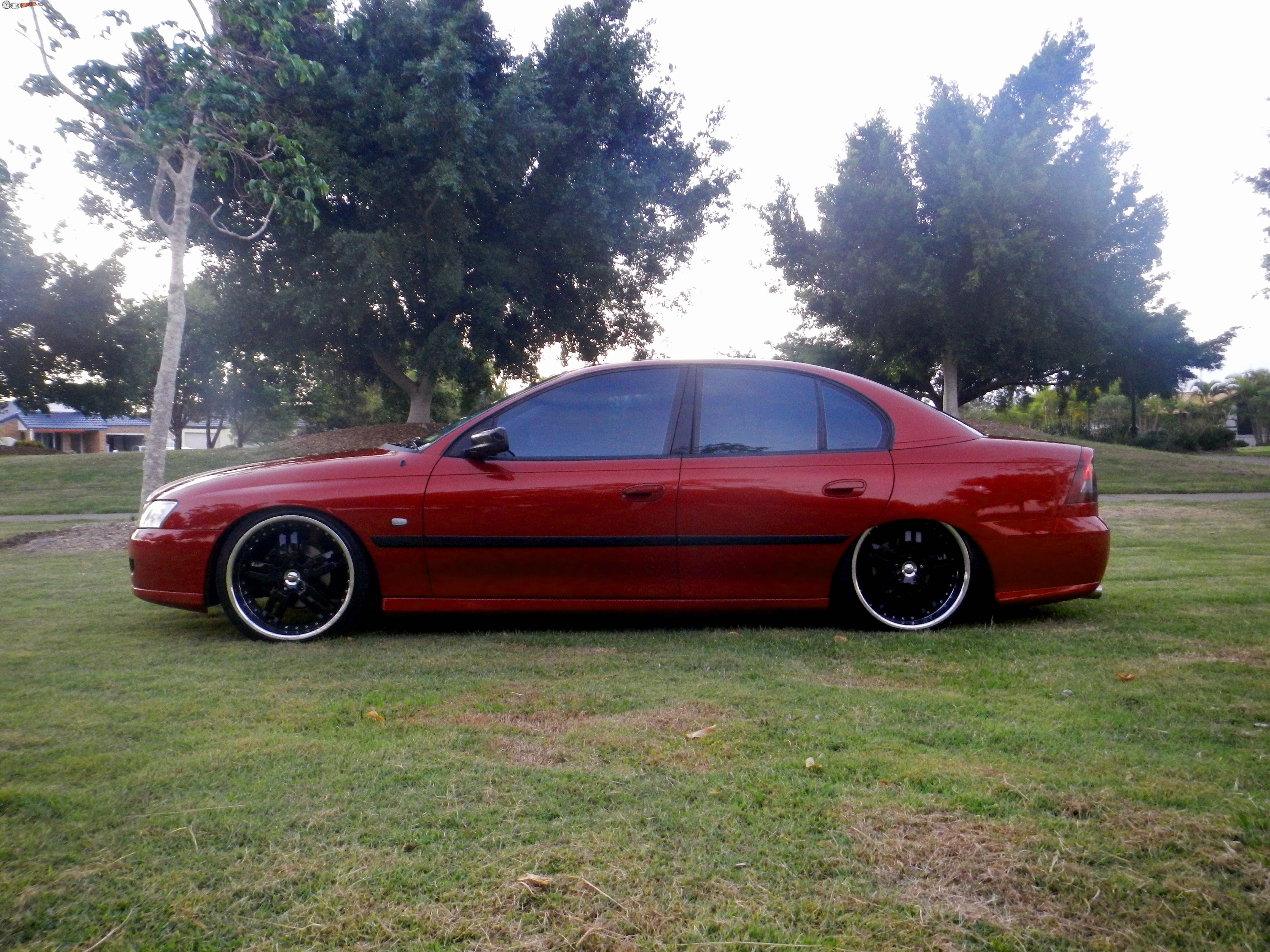 2005 Holden Commodore Bagged Vz - BoostCruising