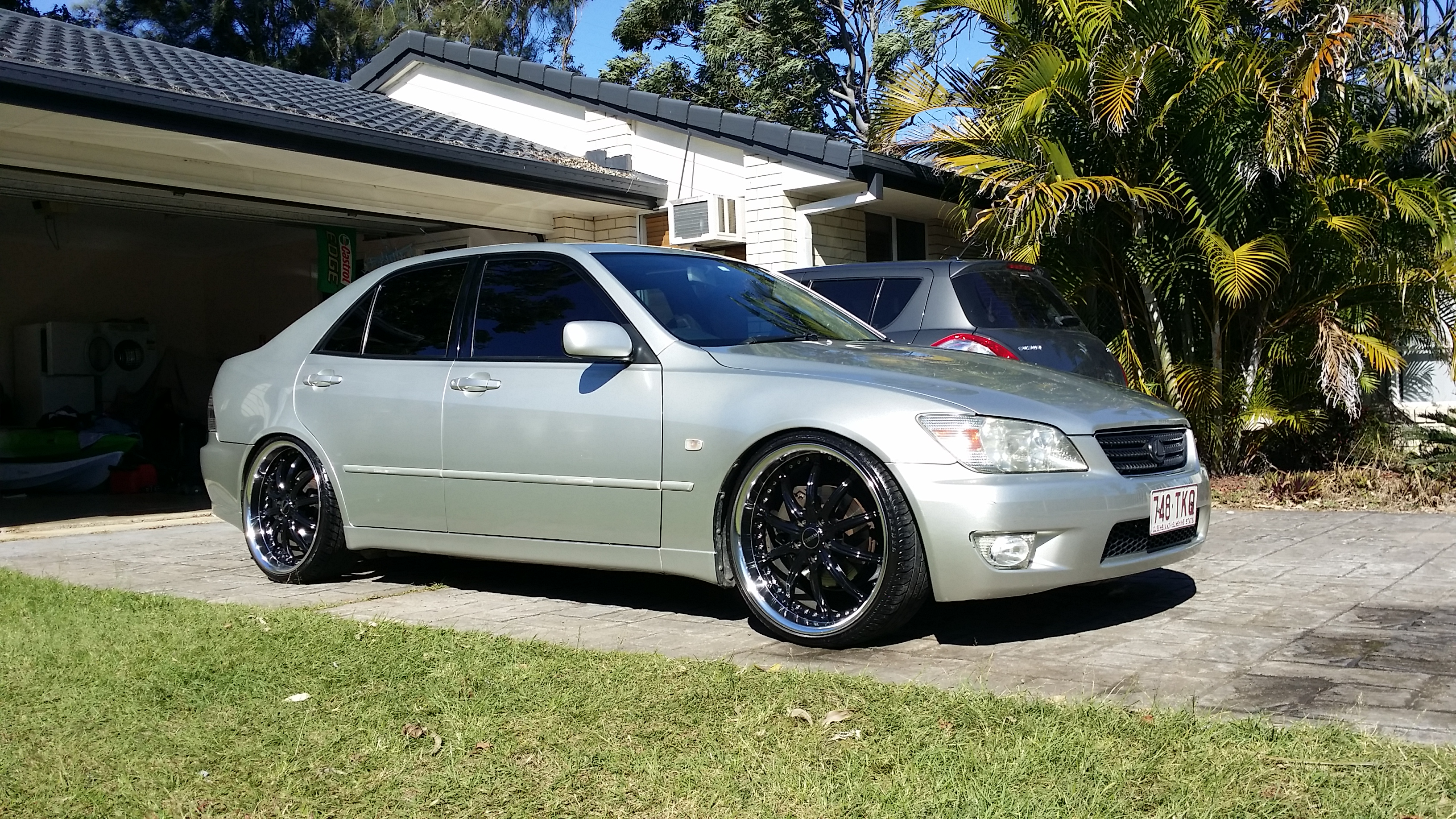 2000 lexus is200 sports luxury gxe10r for sale or swap qld gold coast 2741068. Black Bedroom Furniture Sets. Home Design Ideas