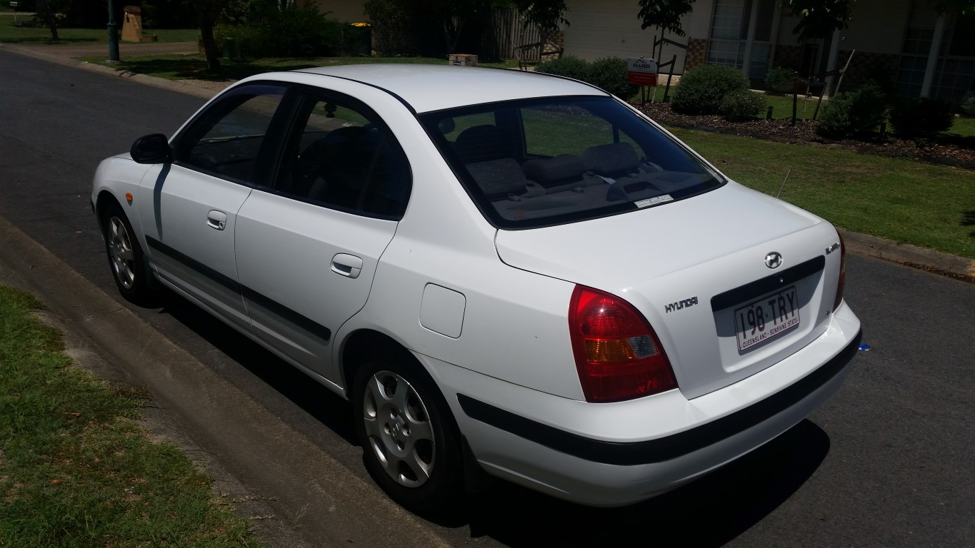 2004 hyundai elantra gls xd car sales qld gold coast. Black Bedroom Furniture Sets. Home Design Ideas
