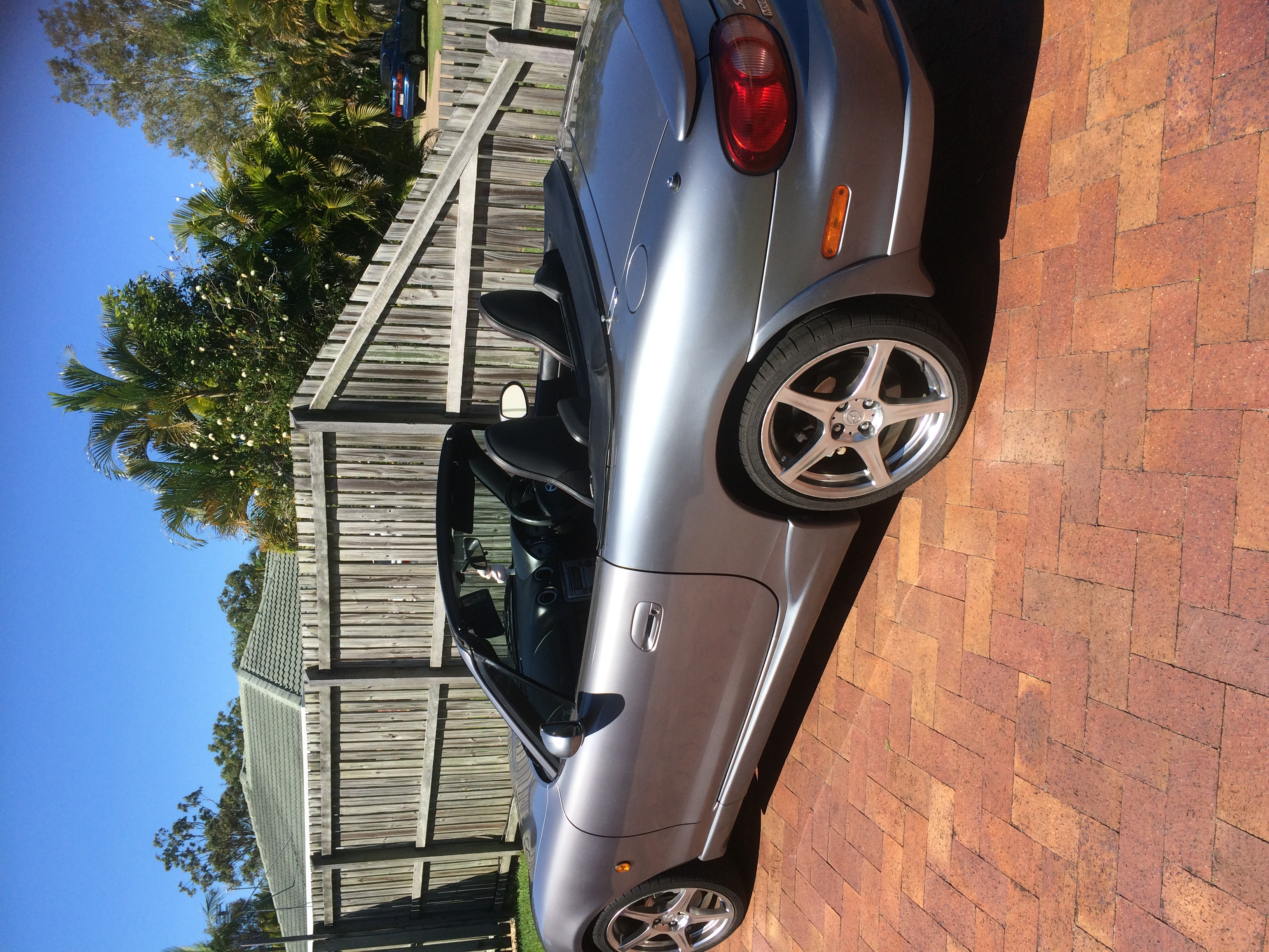 2004 mazda mx 5 se nb car sales qld fraser coast 2945403. Black Bedroom Furniture Sets. Home Design Ideas