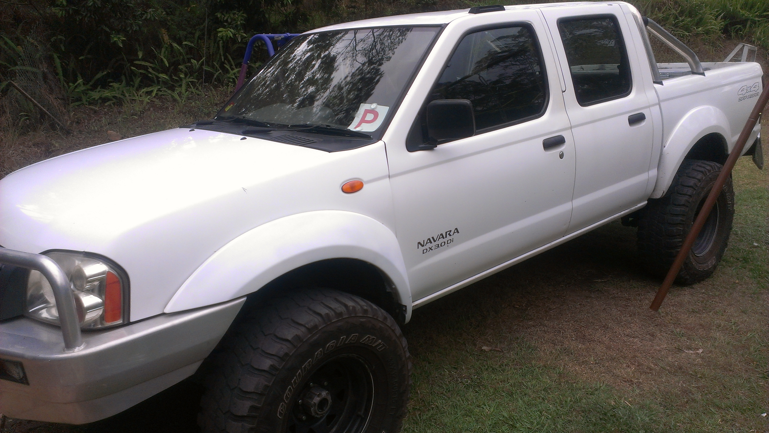 2004 nissan navara dx 4x4 d22 car sales qld sunshine. Black Bedroom Furniture Sets. Home Design Ideas