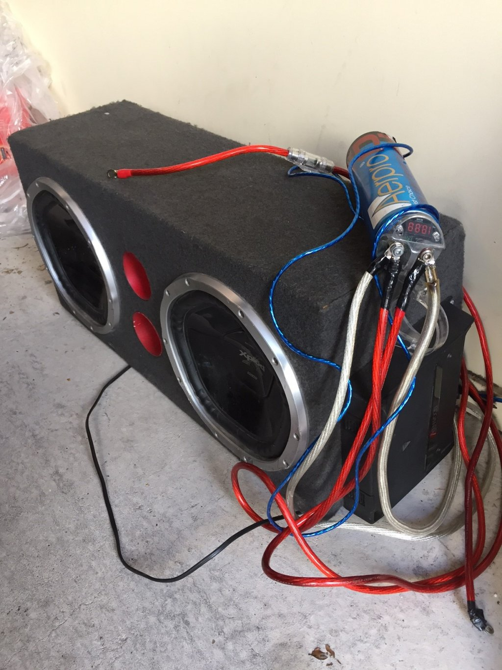 Dual SONY Xplod 1000w Subwoofers With Enclosure Box, Kenwood AMP, AERP