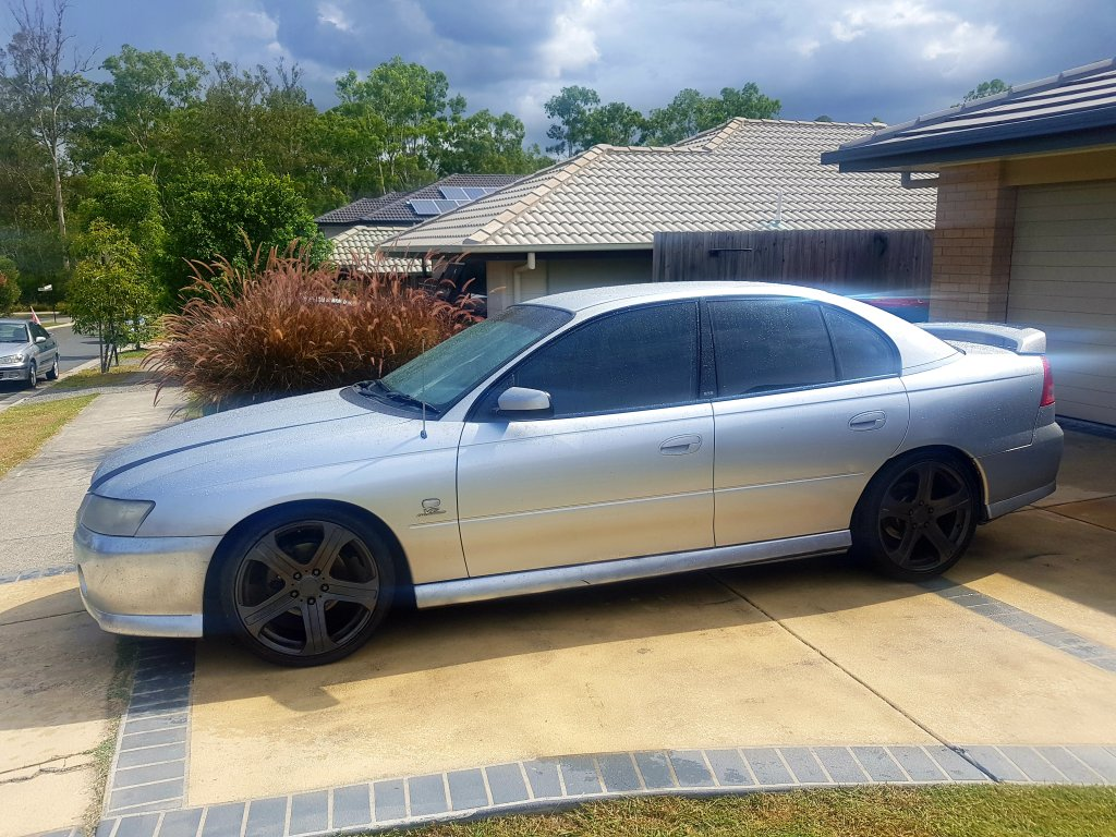 2004 Holden Commodore VZ
