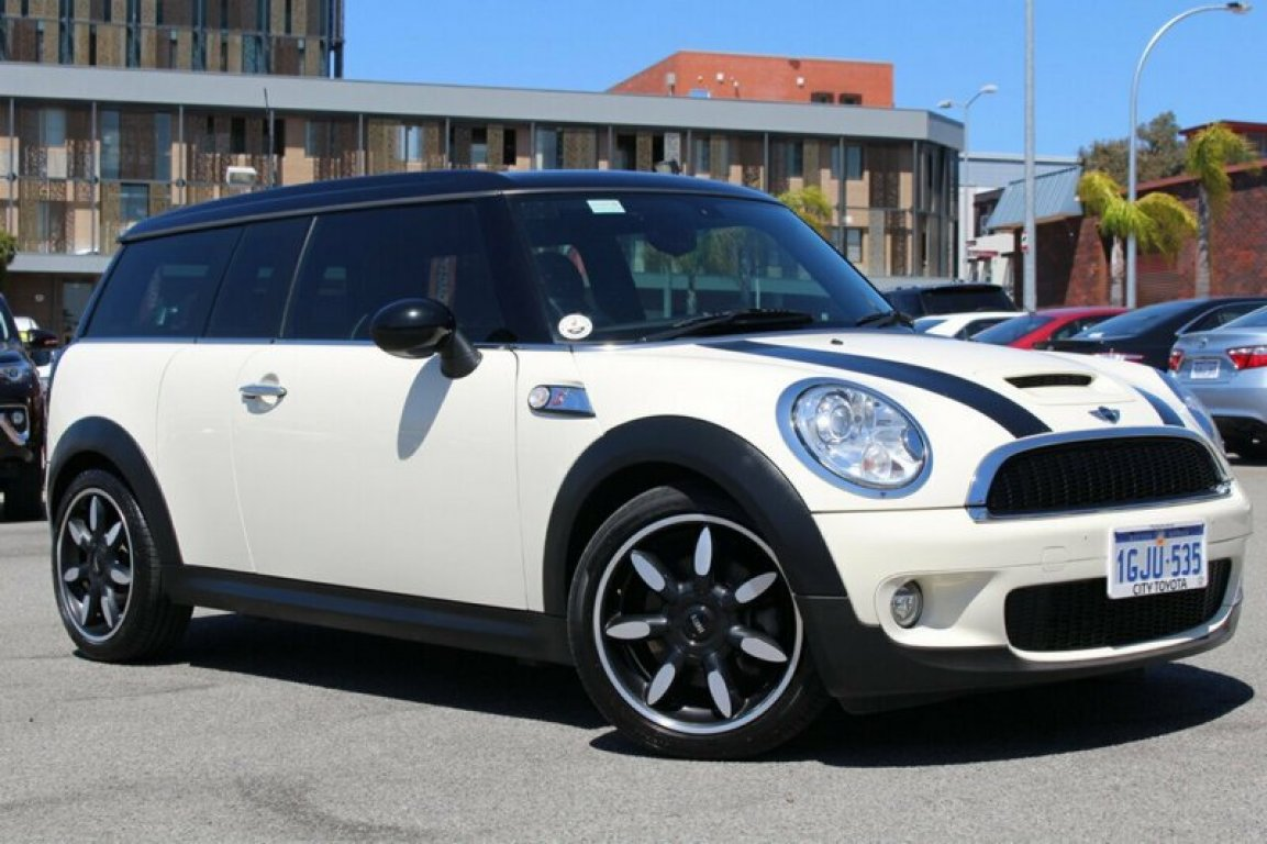 2009 Mini Clubman Cooper S Chilli Steptronic R55