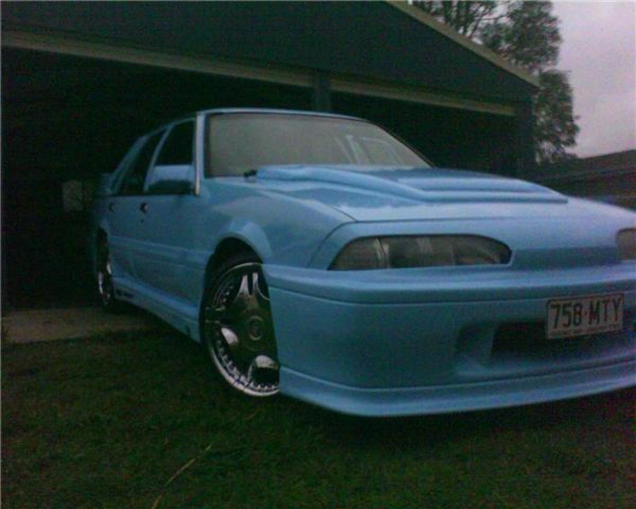 Fischer01's Holden - BoostCruising