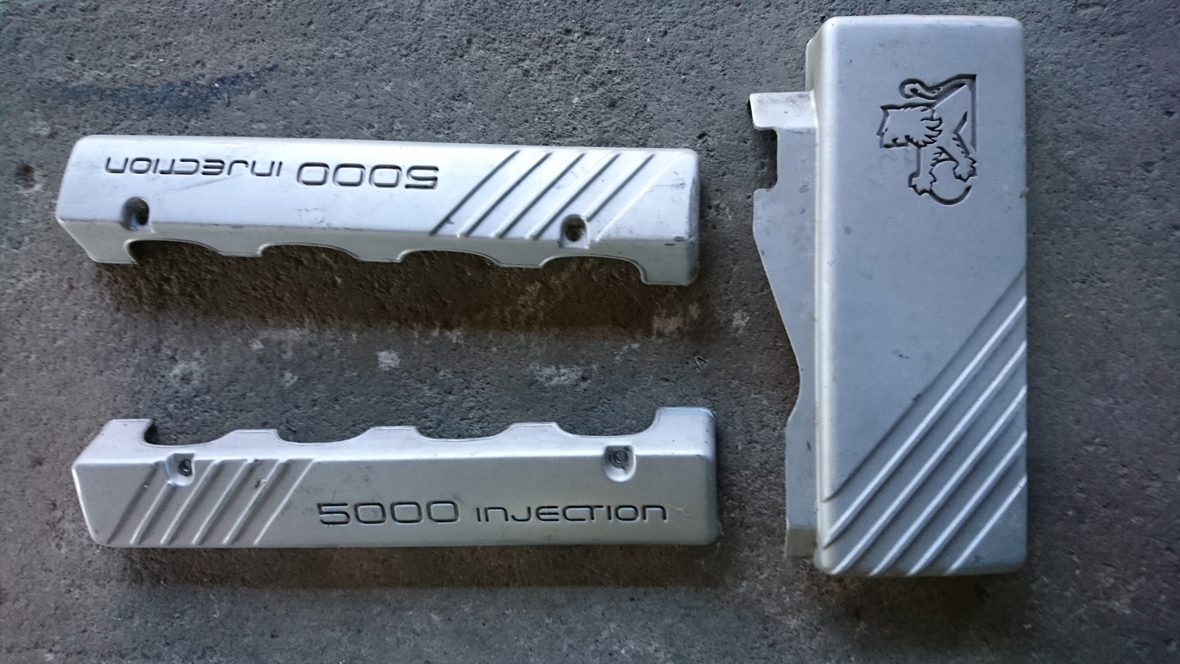 Holden Commodore V8 5litre Engine Covers | Car Parts QLD: Brisbane North  #2945056