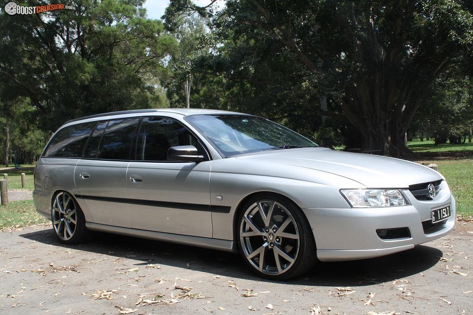 2004 Holden Commodore Vz - BoostCruising